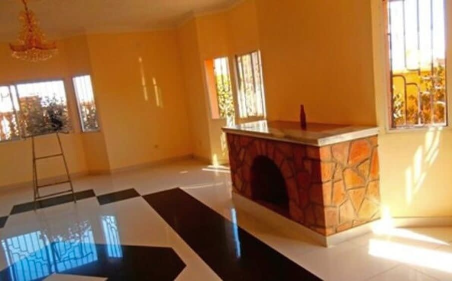House for sale in Sembel